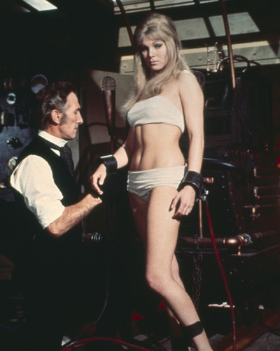 This is an image of Prints & Posters of Frankenstein Created Woman 202723