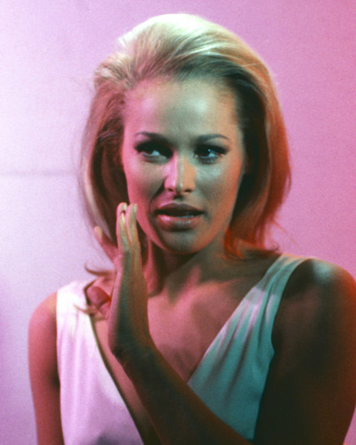 This is an image of Prints & Posters of Ursula Andress 202706