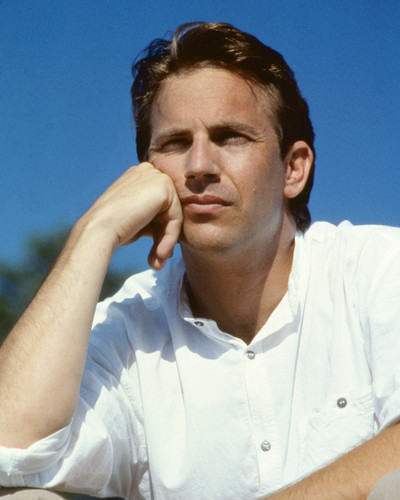 This is an image of Prints & Posters of Kevin Costner 202764