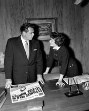 This is an image of Prints & Posters of Perry Mason 105191