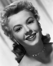 This is an image of Prints & Posters of Vera-Ellen 105214