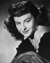 This is an image of Prints & Posters of Paulette Goddard 105330