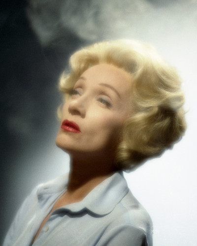 This is an image of Prints & Posters of Marlene Dietrich 203003