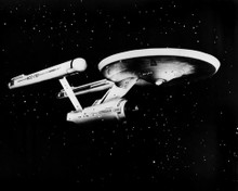 This is an image of Prints & Posters of Star Trek 105526