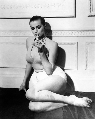 This is an image of Prints & Posters of Anita Ekberg 105444