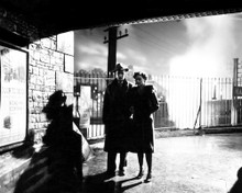This is an image of Prints & Posters of Brief Encounter 105064
