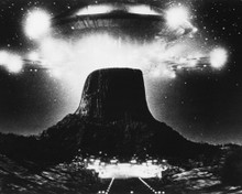 This is an image of Prints & Posters of Close Encounters of the Third Kind 104948