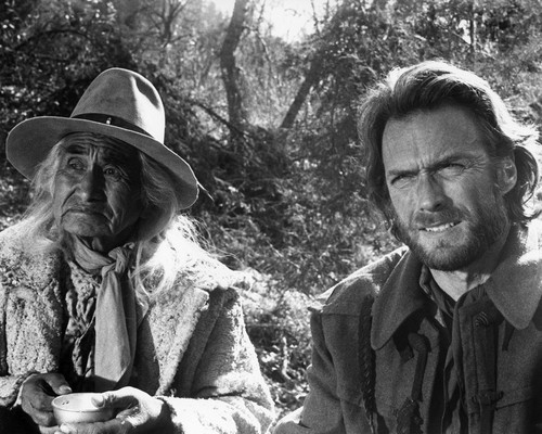 This is an image of Prints & Posters of The Outlaw Josey Wales 104959