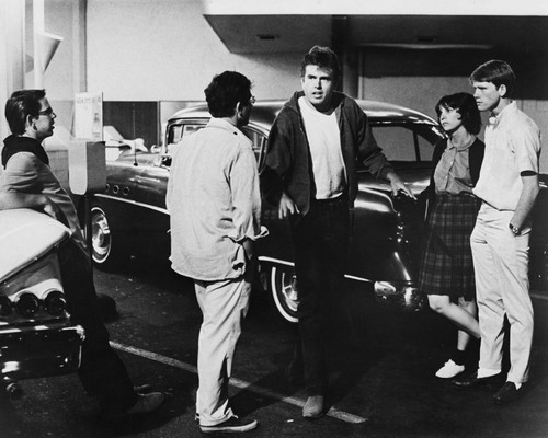 This is an image of Prints & Posters of American Graffiti 104978