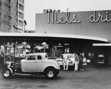This is an image of Prints & Posters of American Graffiti 104982