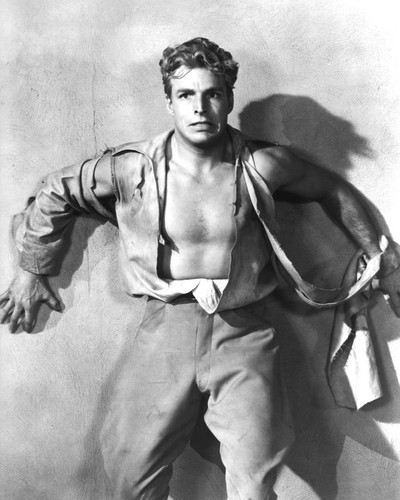 This is an image of Prints & Posters of Buster Crabbe 105117