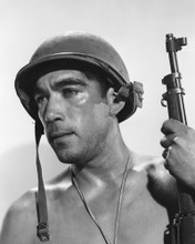 This is an image of Prints & Posters of Anthony Quinn 105125