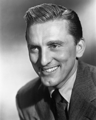 This is an image of Prints & Posters of Kirk Douglas 105628
