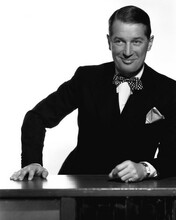 This is an image of Prints & Posters of Maurice Chevalier 105649