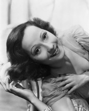 This is an image of Prints & Posters of Merle Oberon 105651