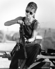 This is an image of Prints & Posters of Linda Hamilton 105899