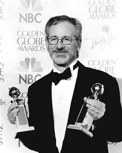 This is an image of Prints & Posters of Steven Spielberg 105705