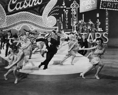 This is an image of Prints & Posters of Singin' in the Rain 105972