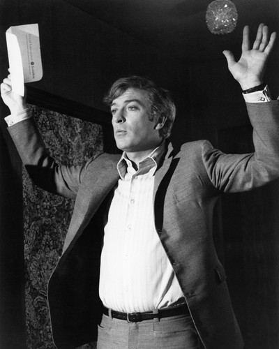 This is an image of Prints & Posters of Michael Caine 105562