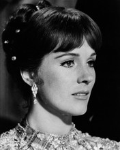This is an image of Prints & Posters of Julie Andrews 105582