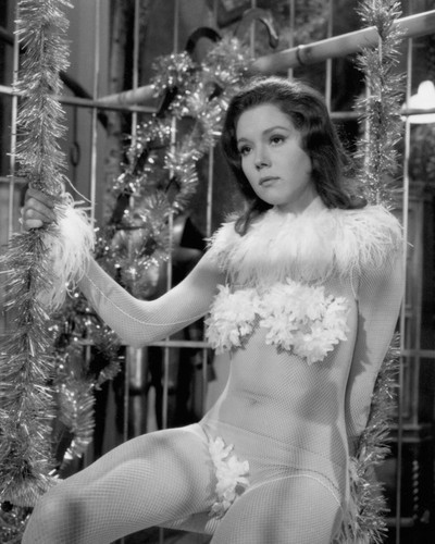This is an image of Prints & Posters of Diana Rigg 105740