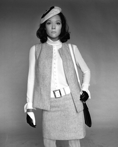 This is an image of Prints & Posters of Diana Rigg 105758