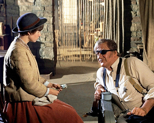 This is an image of Prints & Posters of True Grit 1969 203136