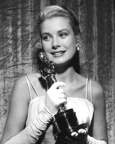 This is an image of Prints & Posters of Grace Kelly 105840