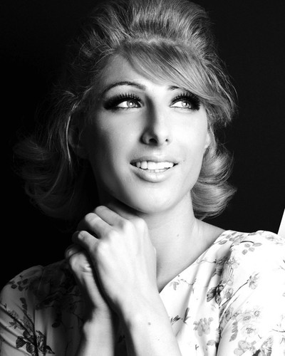 This is an image of Prints & Posters of Dusty Springfield 105847