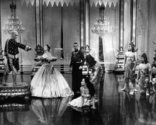 This is an image of Prints & Posters of The King and I 106142