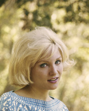 This is an image of Prints & Posters of Susan Oliver 203592