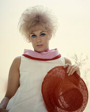 This is an image of Prints & Posters of Kim Novak 203595