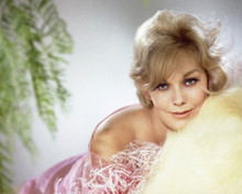 This is an image of Prints & Posters of Kim Novak 203606