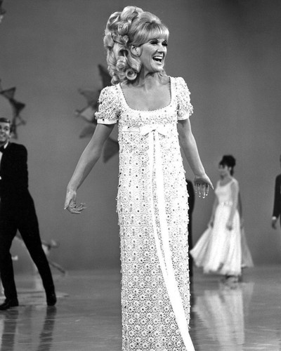 This is an image of Prints & Posters of Dusty Springfield 106032