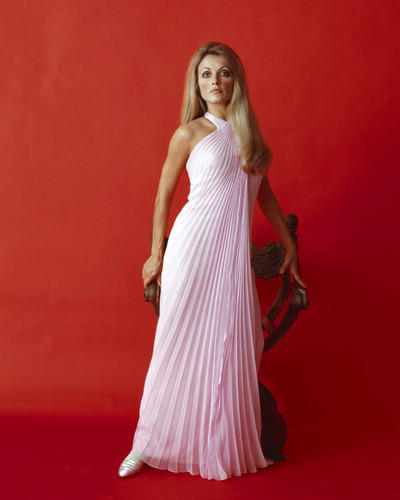 This is an image of Prints & Posters of Sharon Tate 203526