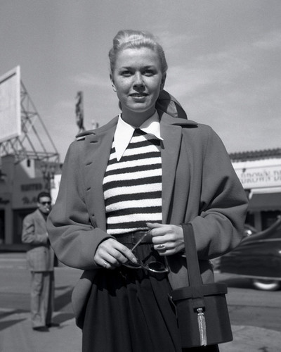 This is an image of Prints & Posters of Doris Day 106153