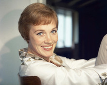 This is an image of Prints & Posters of Julie Andrews 203573