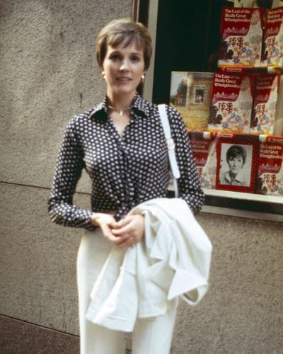 This is an image of Prints & Posters of Julie Andrews 203421