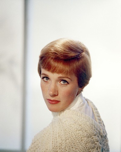 This is an image of Prints & Posters of Julie Andrews 203450