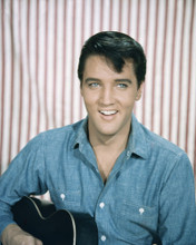 This is an image of Prints & Posters of Elvis Presley 203680