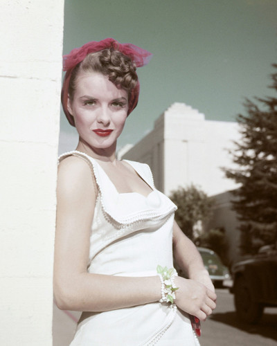 This is an image of Prints & Posters of Jean Peters 203685