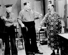 This is an image of Prints & Posters of Laurel and Hardy 106346