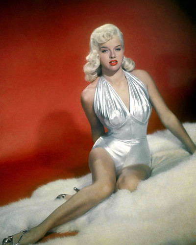 This is an image of Prints & Posters of Diana Dors 203648