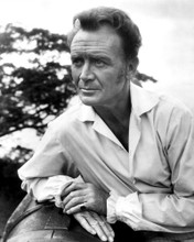 This is an image of Prints & Posters of John Mills 106240