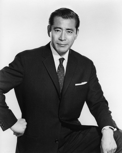 This is an image of Prints & Posters of Toshiro Mifune 106272