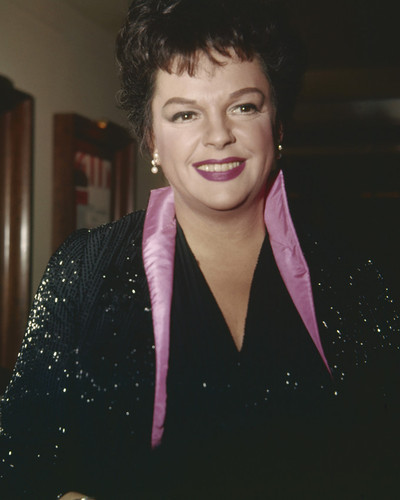 This is an image of Prints & Posters of Judy Garland 203790