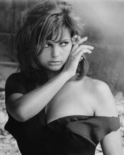 This is an image of Prints & Posters of Claudia Cardinale 106673