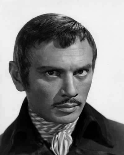 This is an image of Prints & Posters of Yul Brynner 106702