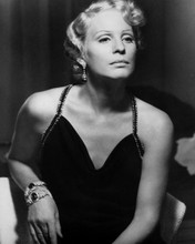 This is an image of Prints & Posters of Ingrid Thulin 106669