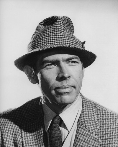 This is an image of Prints & Posters of James Coburn 106399